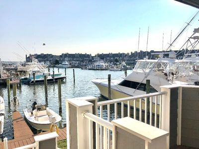 Photo for Upscale Clean Bayfront Townhouse with 4 Balconies, 14th Street