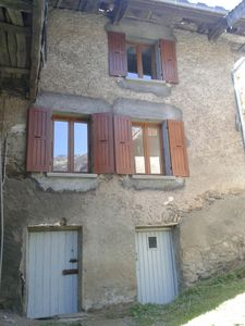 Photo for Character house ideally situated for cycling/skiing/walking close to Alpe D'Huez