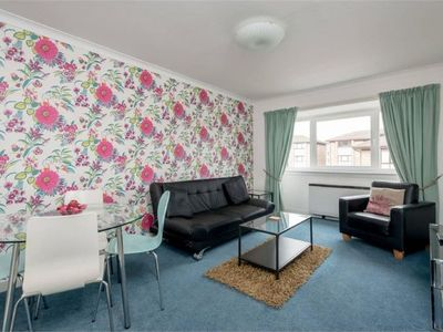 Photo for Apartment Allanfield in Edinburgh - 2 persons, 1 bedrooms