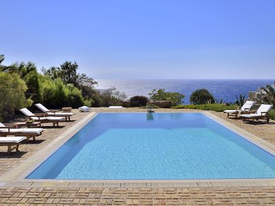 Photo for Villa Sesilia only 10 minutes walk from Lia beach, with swimming pool, it can host 14 people.