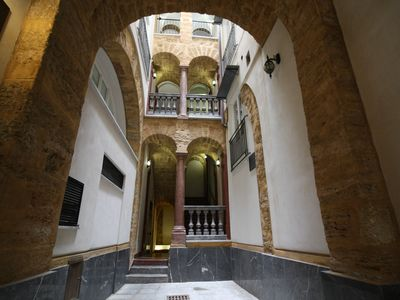 Photo for Holiday Apartment Ai Corrieri, delightful apartment in the heart of Palermo