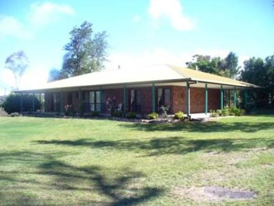 Photo for Bonaways Homestead - Spacious fully self contained home in Stanthorpe