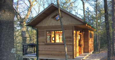 Photo for Wood Cliff Cabin: Retreat, Repose, Relax.