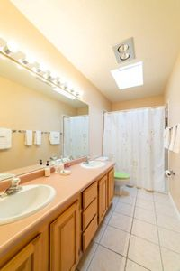 Photo for Walk to Old Town 3br 2 1/2 bath with hot tub and roof top balcony