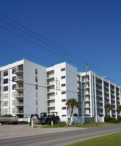 Photo for Great Gulf and Bay Views-Top Floor Condominium