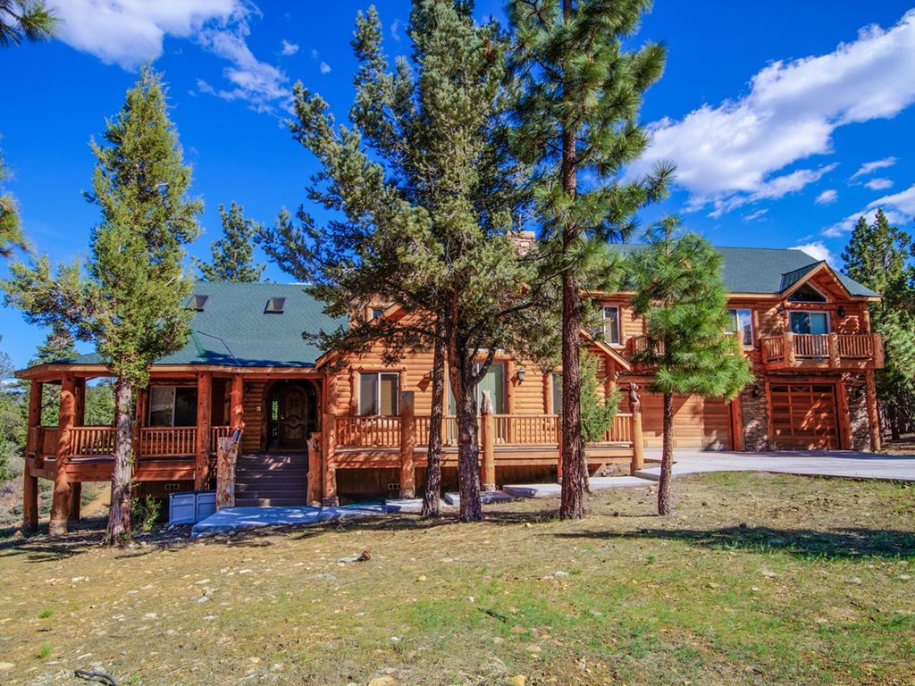Spring and summer rates luxury cabin homeaway big bear for Big bear luxury cabin