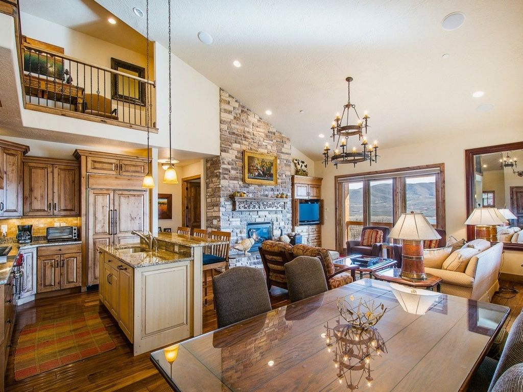 Luxury home game rooms - A Formal Dining Room Is Also Adjacent To The Kitchen With Ample Seating For Eight