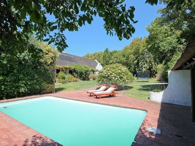 Photo for Gorgeous family villa with swimming pool, jacuzzi and mountain views