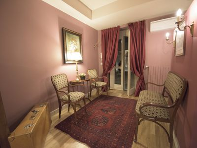 Photo for Apartment with private garden in the historic heart of Turin