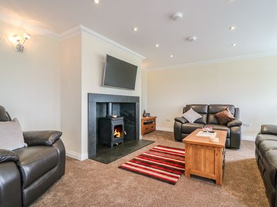 Photo for BURNSIDE COTTAGE, family friendly in Portree, Ref 988419