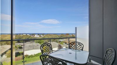 Photo for CENTRAL TORQUAY - WHITEWATER APARTMENT 207 (T1148)