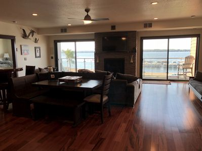 Large and roomy with a great view of Detroit Lake.