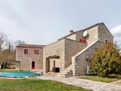 Photo for Luxurious Villa in Pazin with Swimming Pool