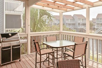 Located a short walk from the beach, this home ensures a relaxing getaway.