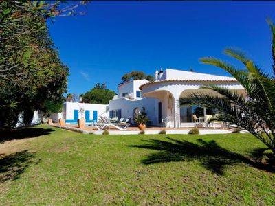 Photo for Luxury 4 bedroom 4 bath/shower room villa on Carvoeiro Clube