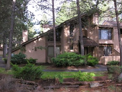 Photo for Tennis Village Condo-Sunriver Lodge Guest Benefits-WiFi-Pets Welcomed