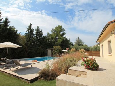 Photo for Villa Enzo - Charming holiday home with private pool in Orgon!
