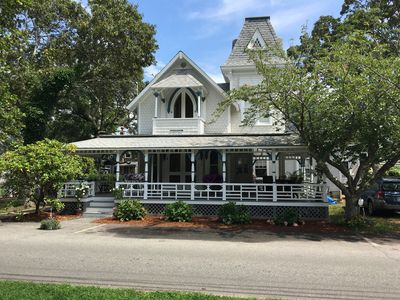 Photo for Newly refurbished, 5 minute walk to beach, town, and ferry in Oak Bluffs