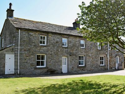 Photo for 4 bedroom property in Kettlewell. Pet friendly.