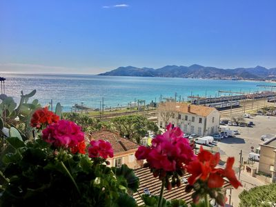 Photo for Apartment 2 rooms CANNES, sea view, pool, parking