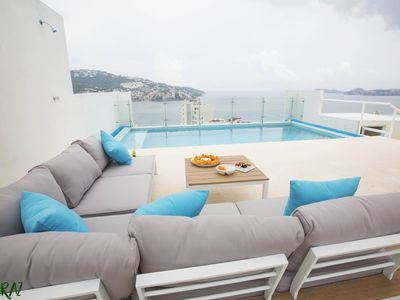 Photo for Unique and spectacular PH with private pool and unparalleled views