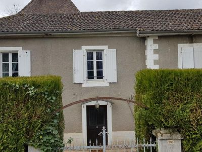 Photo for Gite Parnac, 4 bedrooms, 6 persons