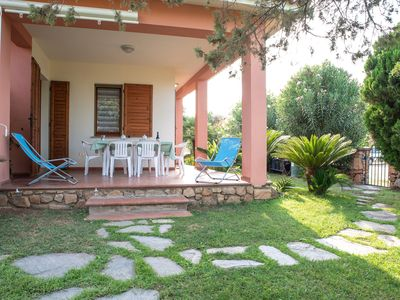Photo for With large garden and in quiet location - Villetta Ginepro