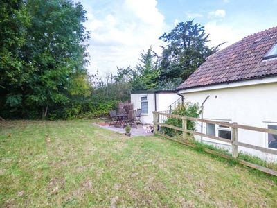 Photo for THE STABLES, romantic, with a garden in Warminster, Ref 946904