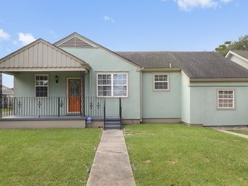 Groovy St Roch Hideaway New 3Bd 2Ba Big Easy Home Home Interior And Landscaping Synyenasavecom