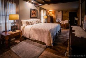 Photo for 4BR Guest House Vacation Rental in Pipe Creek, Texas