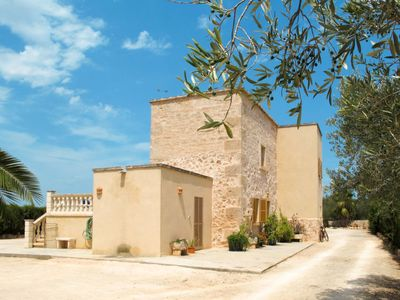 Photo for 3 bedroom Villa, sleeps 6 in ses Salines with Pool and Air Con