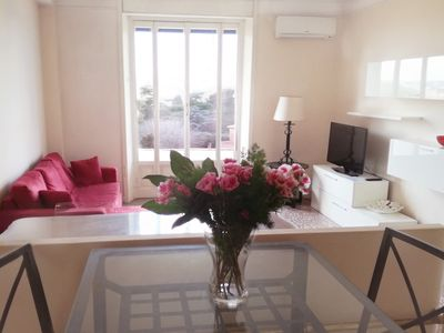 Photo for High floor, comfortable, panoramic 5-10 minutes from the Colosseum