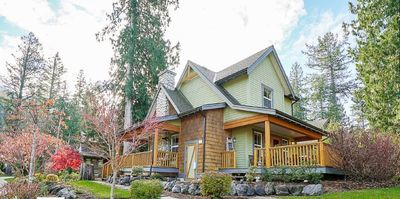 "Photo for Beautiful Private Cottage At ""The Cottages"" In Cultus Lake, British Columbia"