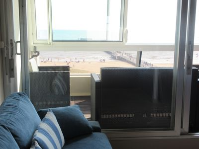 Photo for Spacious and splendid studio 35m2 * Sea view and direct access to the beach