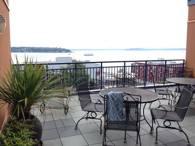 Photo for 2BR Condo Vacation Rental in Seattle, Washington