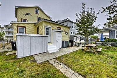 Enjoy your own private backyard, gas grill, and outdoor shower.