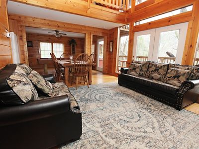 Photo for Spacious 3Bed/4Bath Cabin: Two Miles to Dollyworld