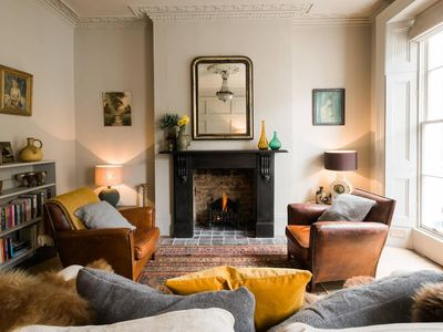 Photo for Sophisticated 1BR Flat in Marylebone