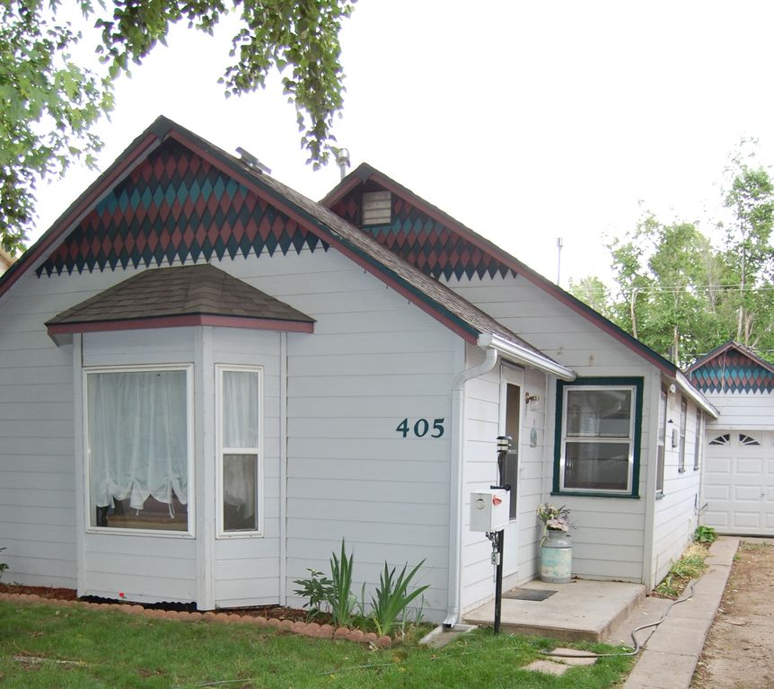 Adorable and comfortable downtown cottage 2 br vacation for Loveland co cabin rentals