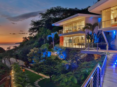 Photo for The Malinche Palace luxury villa with the stunning ocean view,close to the beach