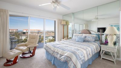 Photo for SeaCrest 615A - Perfect getaway for 2 - Water view - 1 Bedroom 1-Bath Studio-fully equipped