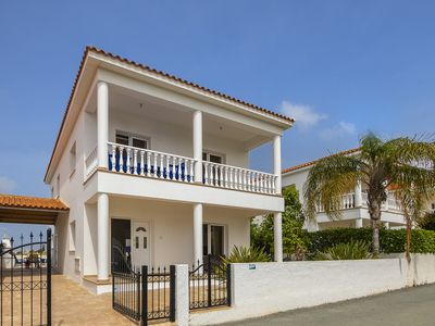 4 bedroom villa in Ayia Napa