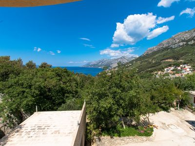 Photo for Apartment / app. for 8 guests with 120m² in Makarska (73638)