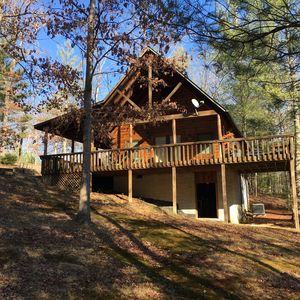 Photo for Beautiful and Serene getaway - trail ride or hike directly into Big South Fork!
