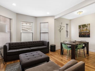 Photo for Massive 4 Bedroom Duplex In Lakeview! Sleeps 10 -  Walk To Wrigley!