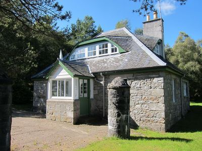 Photo for Traditional Stone Built Gate House In The Heart Of The Highlands