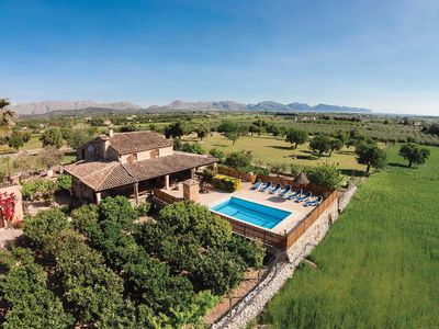 Photo for 5 bedroom Villa, sleeps 10 in es Barcarès with Pool, Air Con and WiFi