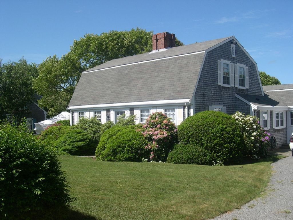Immaculate 39 In Town 39 Cape Cod Home With Pri Vrbo