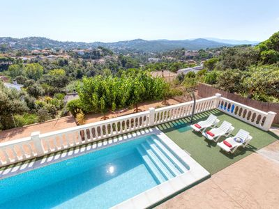 Photo for 3BR Apartment Vacation Rental in Caulés, Catalonia