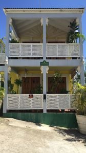 Photo for Spacious Comfortable Apartments Steps From The Beach At Paynes Bay. Sundance